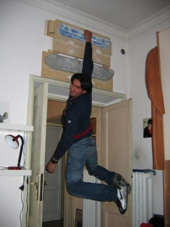 Palestra artificiale la solitudine verticale - Costruire palestra in casa ...